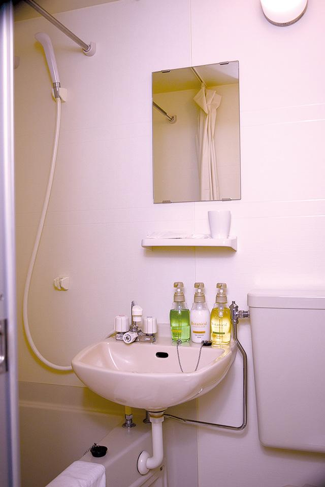 客室風呂トイレ
